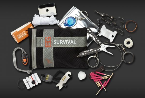 Bear Grylls Survival Series Ultimate Kit fulljpg